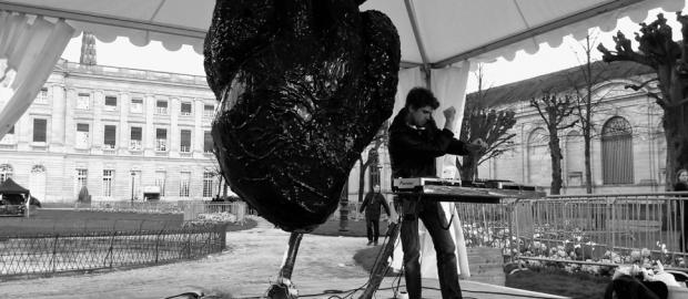 Arythmie_Alban-Curnillon_Julien-Minet_Re-Design-Boxon_jardin-de-la-Mairie_30-03-2013